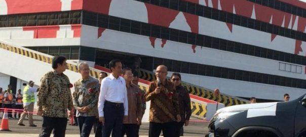 Ekspor Mobil Toyota Lebih Dari 1Juta Unit,Jokowi Ingin Temui Bos Toyota di Jepang